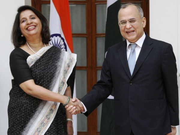 India, Pakistan foreign secretaries prepare for minister talks